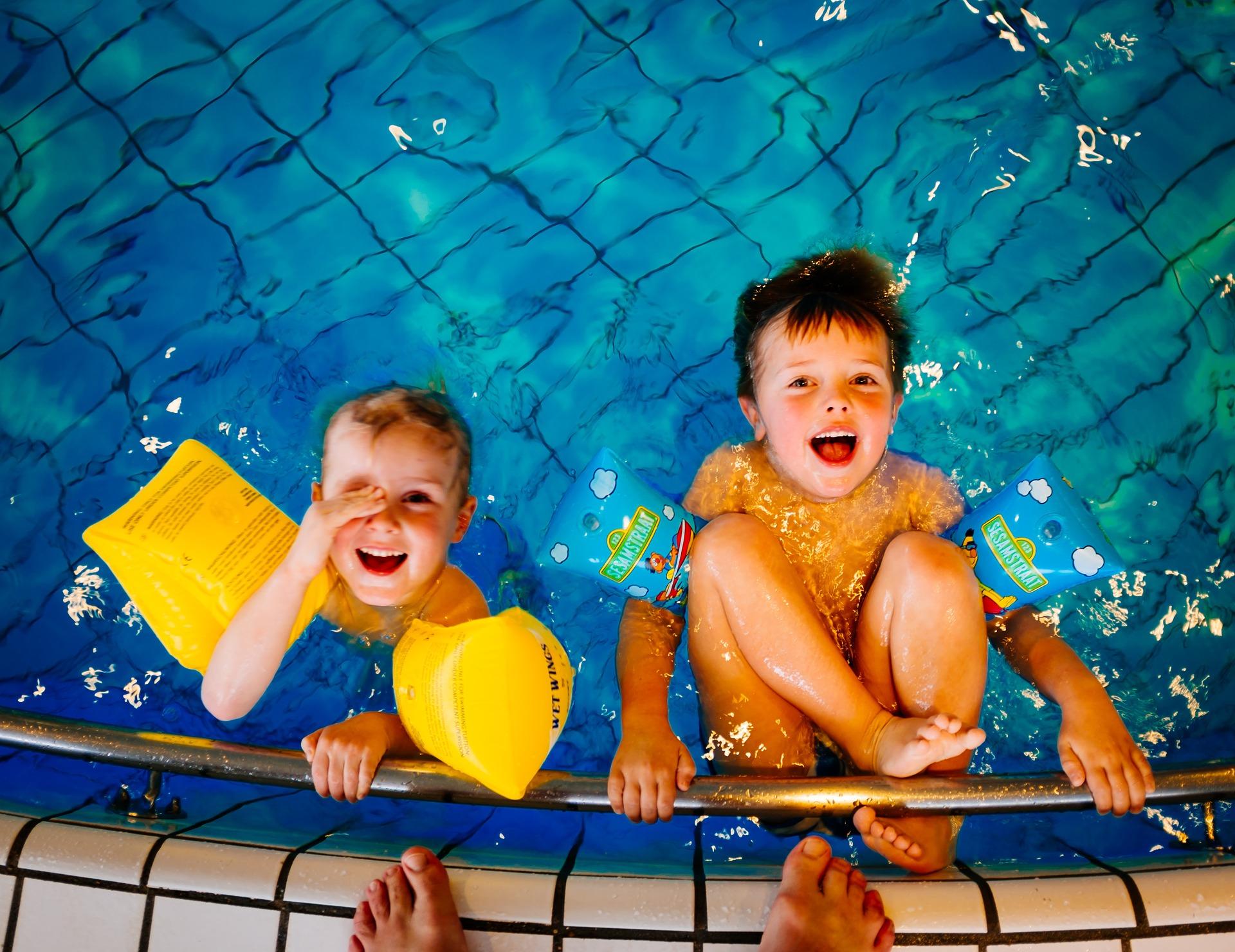 Dk10 kids swim